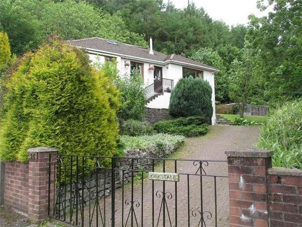 3 Bedrooms Detached Bungalow for sale in Graig Road, Newbridge, Caerphilly