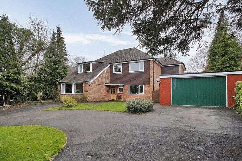 4 Bedrooms Detached House for sale in Furzefield Road, East Grinstead