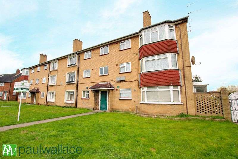 2 Bedrooms Flat for sale in Chadwell Avenue, West Cheshunt