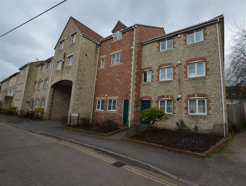 2 Bedrooms Property for sale in Wellow Brook Court, Midsomer Norton
