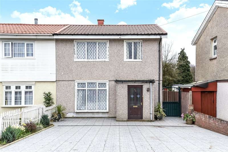 3 Bedrooms Semi Detached House for sale in Bramshaw Gardens, Watford, Hertfordshire, WD19