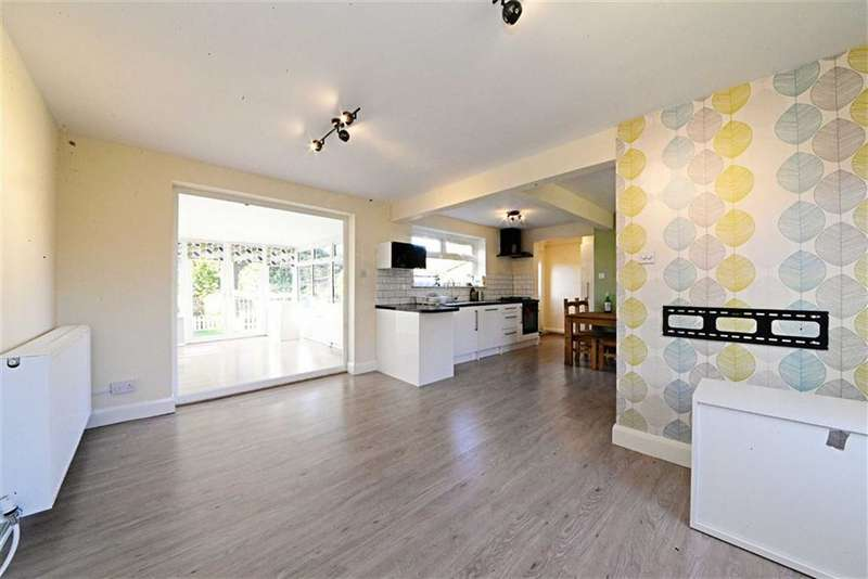 3 Bedrooms Property for sale in Elmshurst Crescent, East Finchley, London, N2