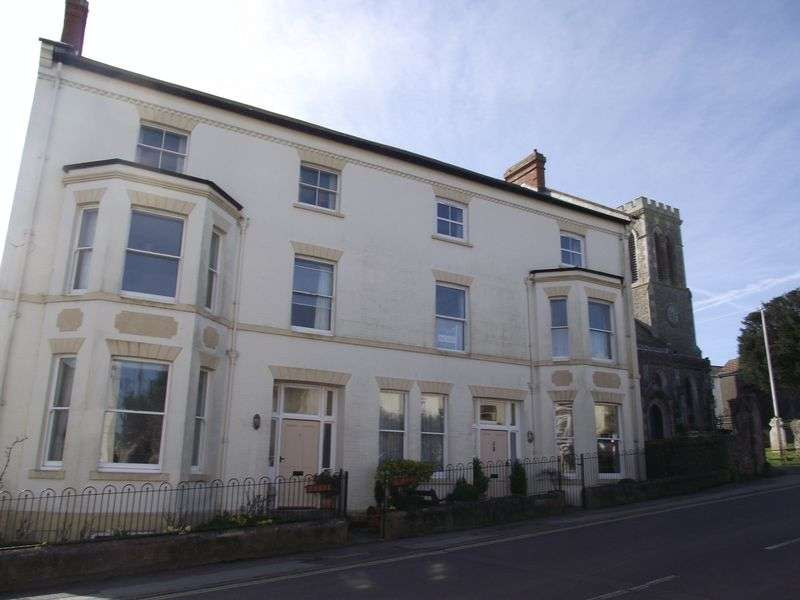2 Bedrooms Flat for sale in The Street, Charmouth, Dorset