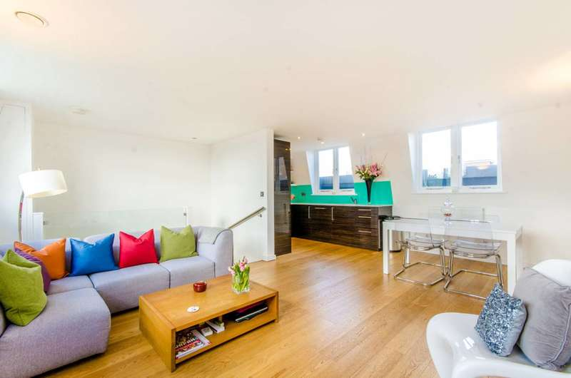 3 Bedrooms Flat for sale in Valerio Mews, Islington, N1