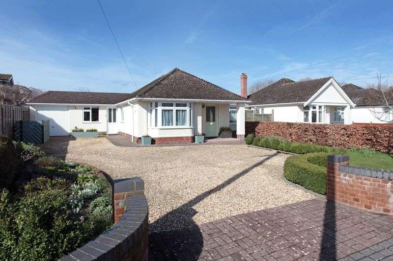 4 Bedrooms Detached Bungalow for sale in Upper Street, Harnham, Salisbury