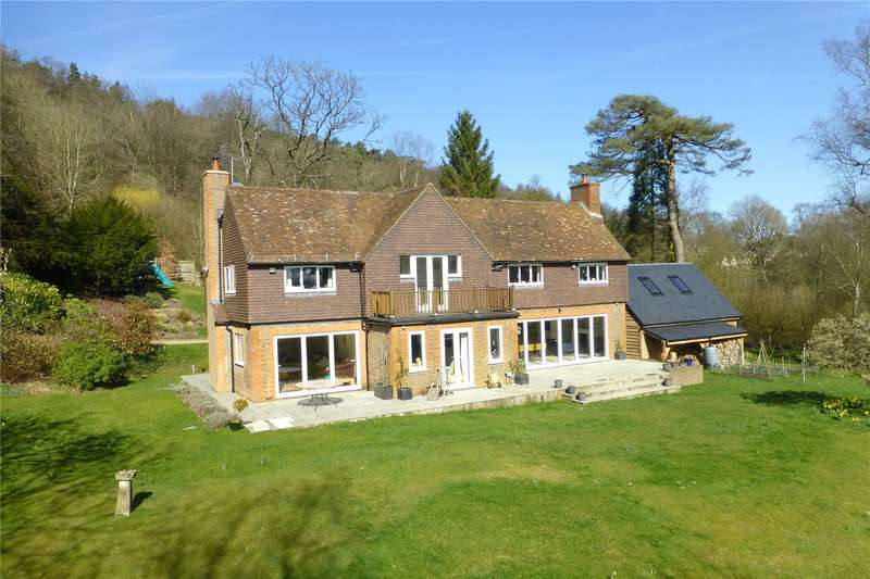 4 Bedrooms Detached House for sale in Coldharbour, Dorking, Surrey, RH5