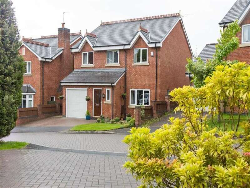 4 Bedrooms Detached House for sale in The Coppice, Prestwich, Manchester, M25