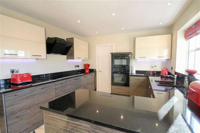 5 Bedrooms Detached House for sale in Whittington Gardens, London Road