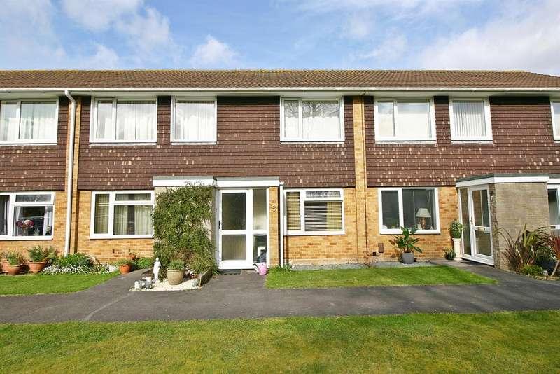 2 Bedrooms Maisonette Flat for sale in Avon Court, Netley Abbey, Southampton, SO31 5BU