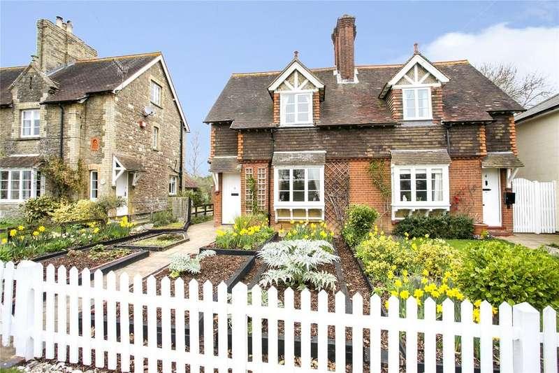 4 Bedrooms Semi Detached House for sale in Grange Cottages, Upper Green Road, Shipbourne, Tonbridge