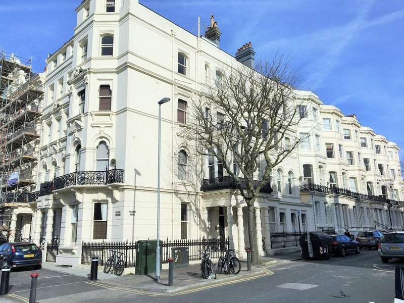 2 Bedrooms Apartment Flat for sale in Church Road, Hove
