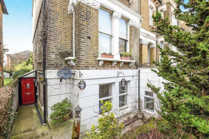 3 Bedrooms Flat for sale in Moreton Road, Croydon, CR0