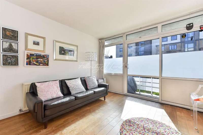 2 Bedrooms Flat for sale in Arbor Court, N16