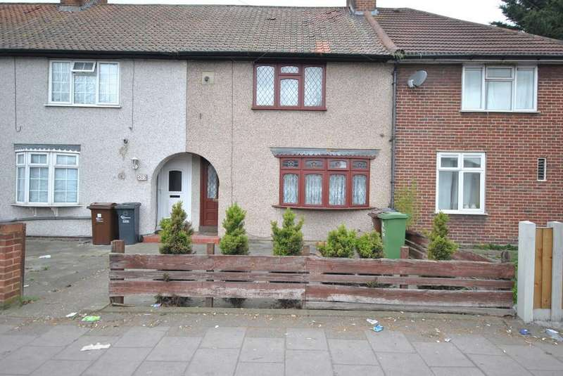 2 Bedrooms Terraced House for sale in Heathway, Dagenham