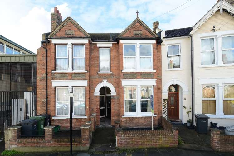 3 Bedrooms House for sale in Lanier Road Lewisham SE13