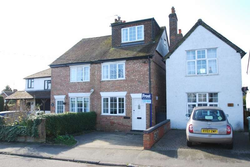 3 Bedrooms Semi Detached House for sale in Chestnut Lane, Amersham, HP6