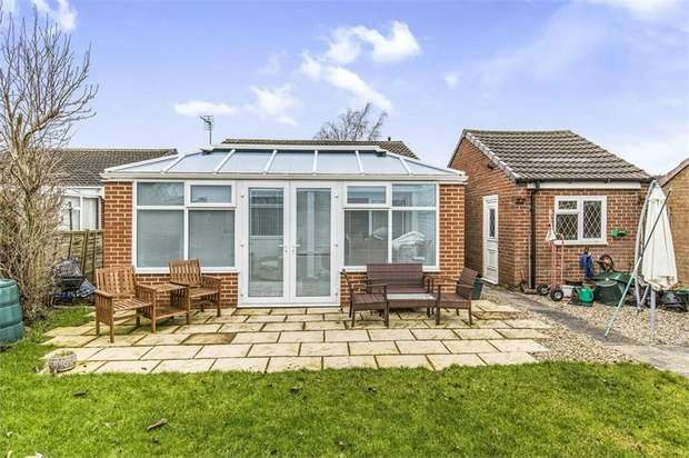 2 Bedrooms Detached Bungalow for sale in Winchester Way, Darlington, Durham