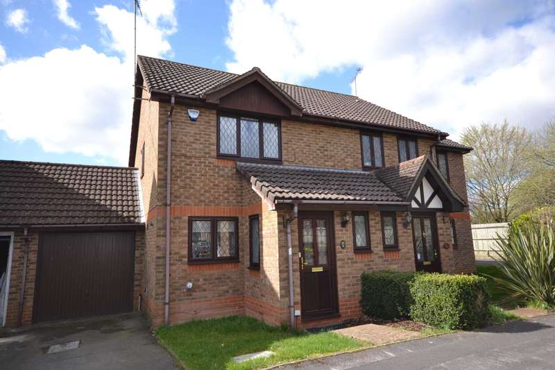 2 Bedrooms Semi Detached House for sale in Orchard Grove, Caversham