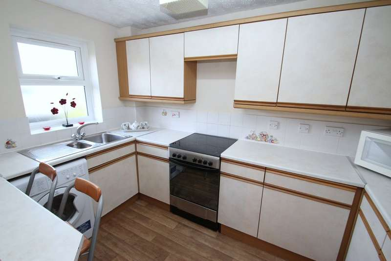2 Bedrooms Ground Flat for sale in 30 Mariner Avenue, Edgbaston