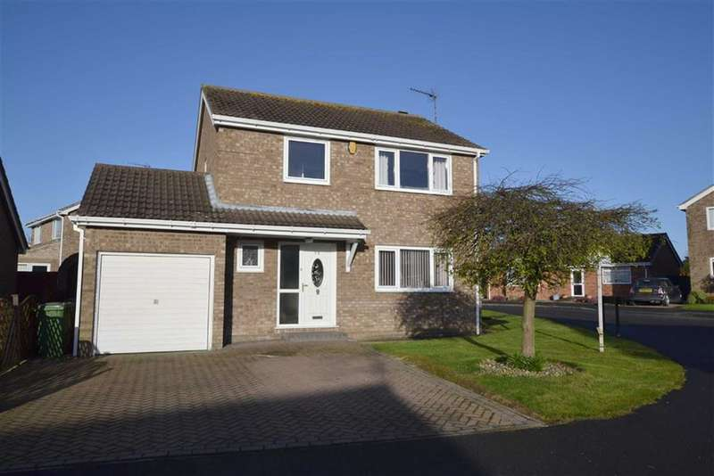 4 Bedrooms Property for sale in Headlands Close, Bridlington, YO16
