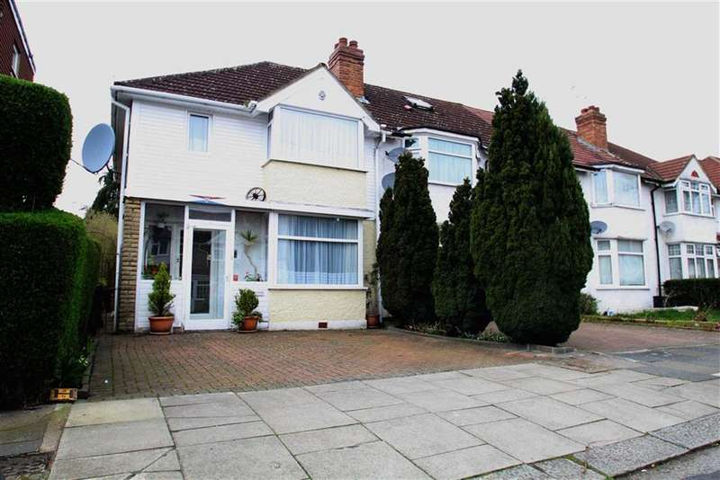 3 Bedrooms Property for sale in Braund Avenue, Greenford, Middlesex