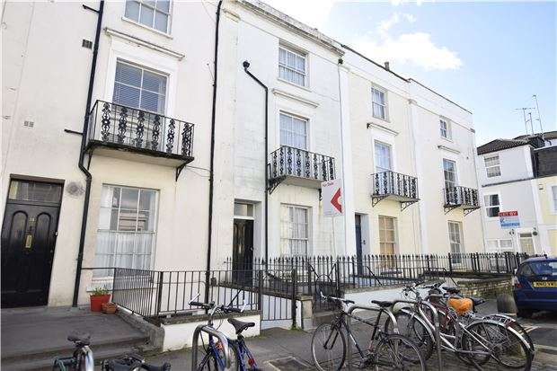 4 Bedrooms Maisonette Flat for sale in Oakfield Place, Clifton, Bristol, BS8 2BJ