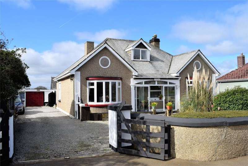 3 Bedrooms Detached Bungalow for sale in Nancegollan, Helston