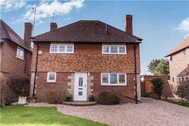 3 Bedrooms Detached House for sale in Willingdon Park Drive, EASTBOURNE
