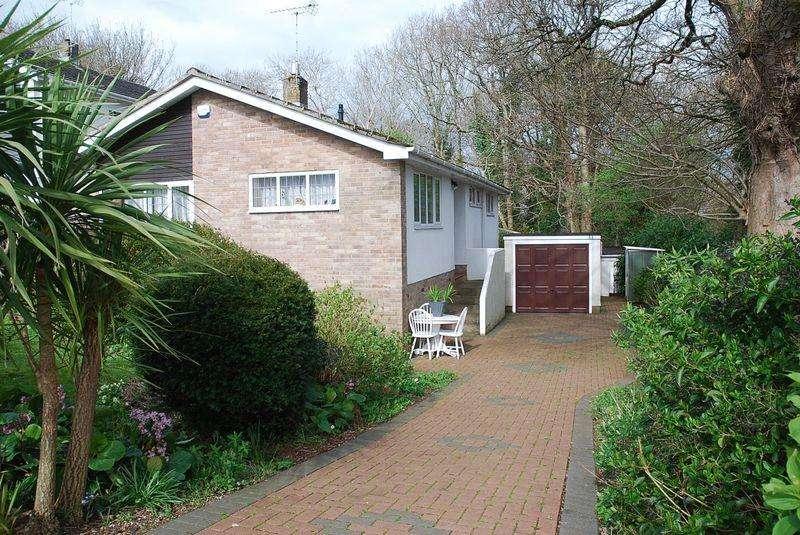 3 Bedrooms Detached Bungalow for sale in Broadley Drive, Torquay