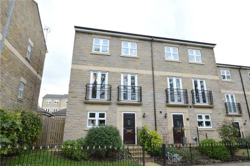 4 Bedrooms Terraced House for sale in Coal Hill Lane, Farsley, Pudsey, West Yorkshire