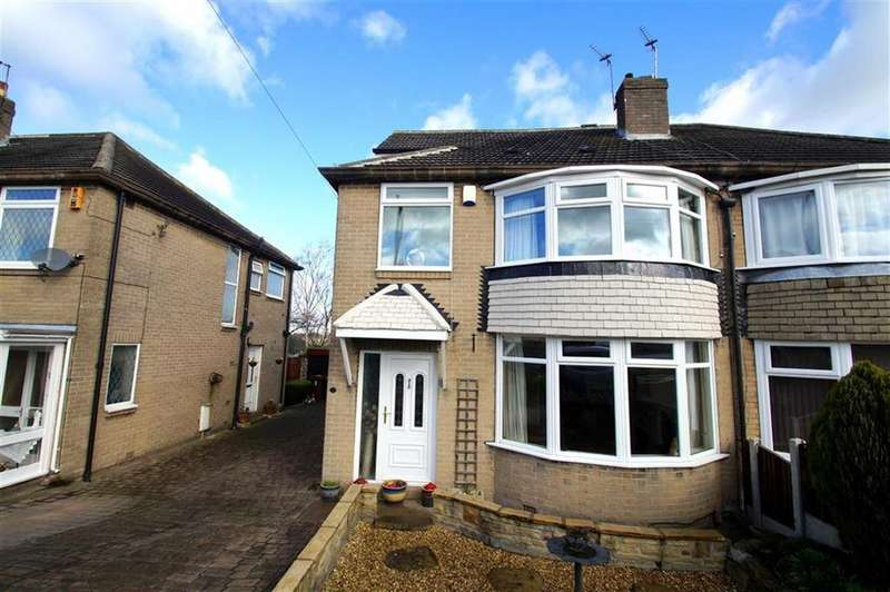 4 Bedrooms Semi Detached House for sale in Kingswear Grove, Leeds