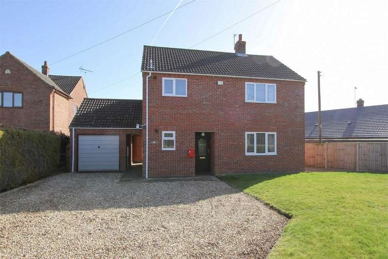 3 Bedrooms Detached House for sale in Bilney Road, Gressenhall, Norfolk