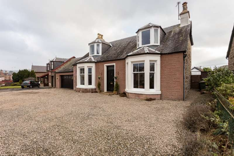 4 Bedrooms Detached House for sale in Parkside 110 Perth Road, Blairgowrie, Perthshire, PH10 6ED