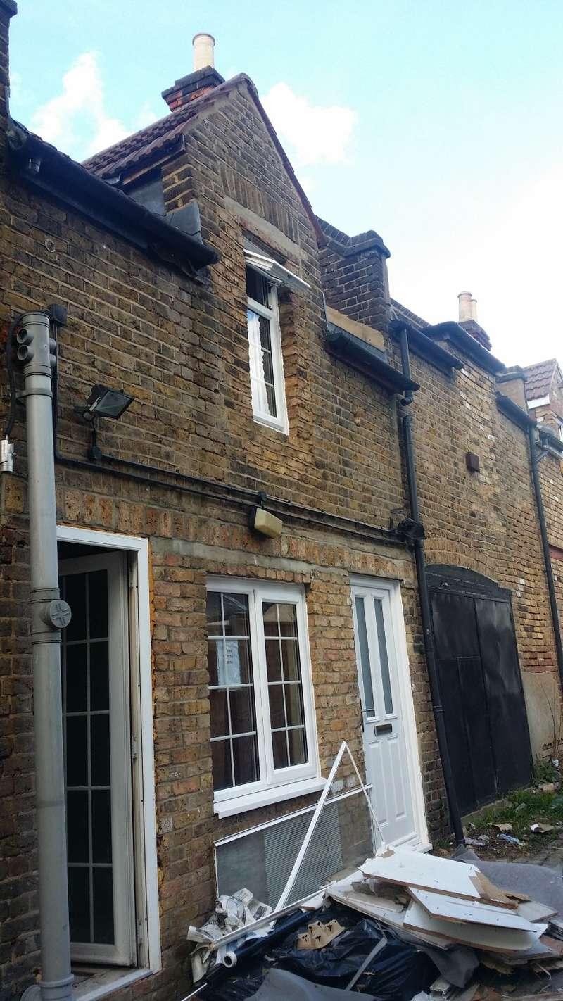 1 Bedroom Mews House for sale in Westwell Mews, off Westwell Road Approach, Streatham, London, SW16 5RU