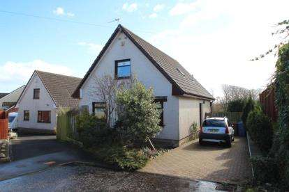 3 Bedrooms Detached House for sale in Craufurdhill Place, Crosshouse