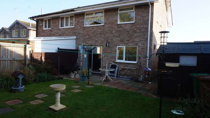 3 Bedrooms House for sale in Sherborne Road, Peterborough, PE1