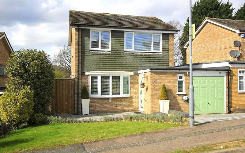 3 Bedrooms Detached House for sale in NEARLY 1300 sq ft STUNNING 3 BED DETACHED IN BERRYMEAD, HH