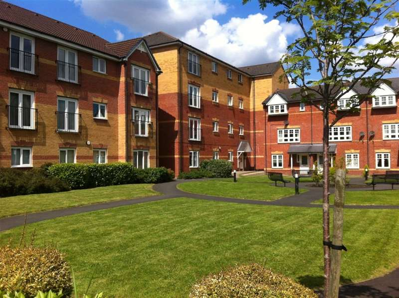 2 Bedrooms Flat for rent in Hatherton Court, Worsley, Manchester, M28 3ER