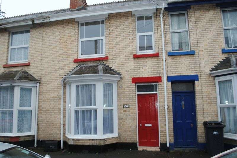 3 Bedrooms Terraced House for sale in Terraced House, Ceramic Terrace, Barnstaple