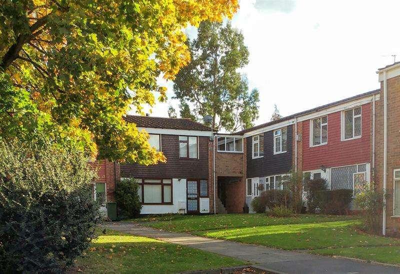 1 Bedroom Flat for sale in Highcrest Close, West Heath, Birmingham
