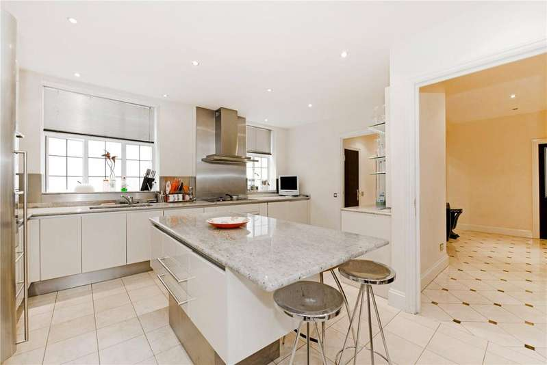 4 Bedrooms Flat for sale in Bryanston Court, George Street, London