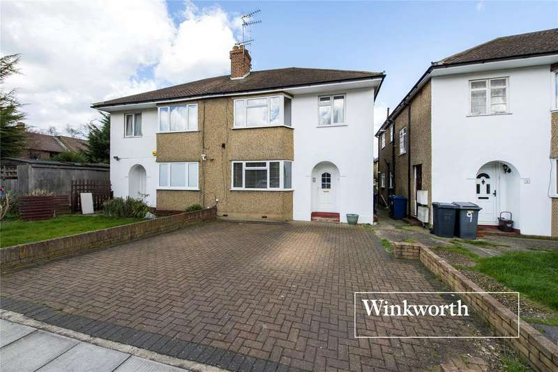 2 Bedrooms Maisonette Flat for sale in Connaught Road, Barnet, Herts, EN5