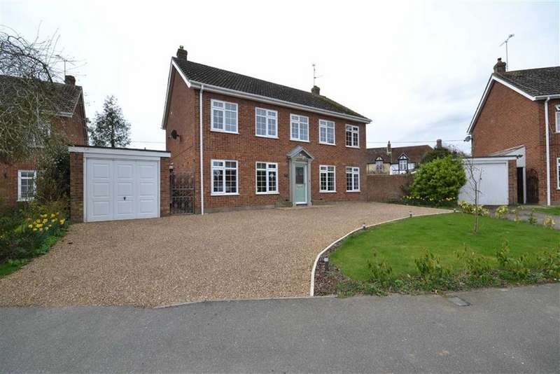 4 Bedrooms Detached House for sale in Pinners Close, Burnham-on-Crouch, Essex