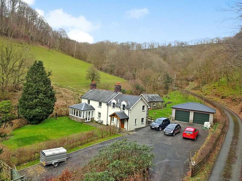 3 Bedrooms Detached House for sale in Talerddig, Llanbrynmair, Powys