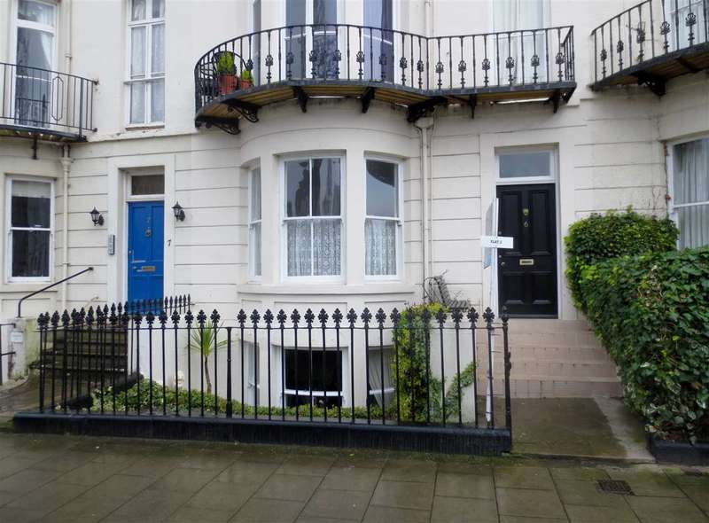 1 Bedroom Apartment Flat for sale in Albion Road, Scarborough