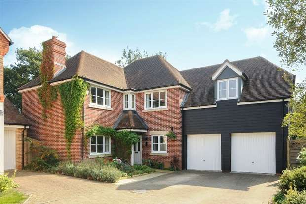 5 Bedrooms Detached House for sale in Starlings Roost, Jennetts Park, BRACKNELL, Berkshire