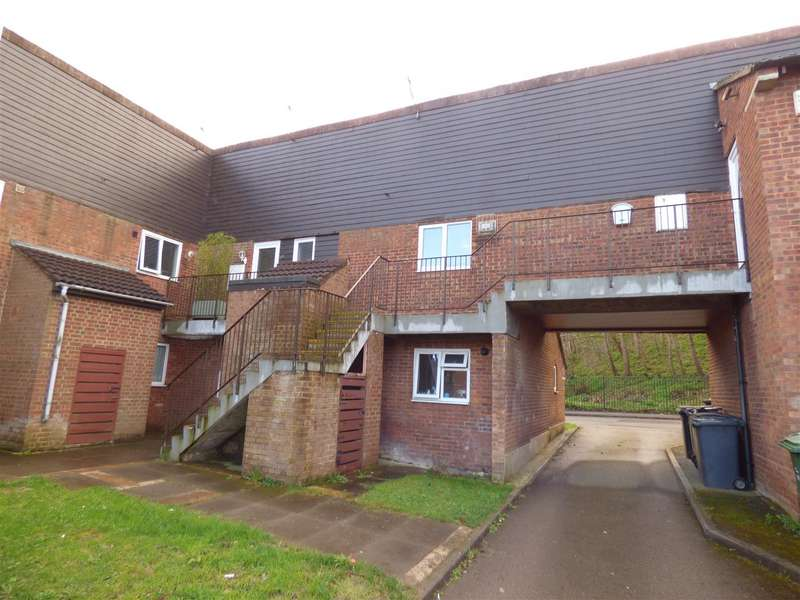 2 Bedrooms Property for sale in Spoondell, Dunstable