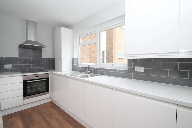 1 Bedroom Property for sale in Mintern Close, Hedge Lane, London