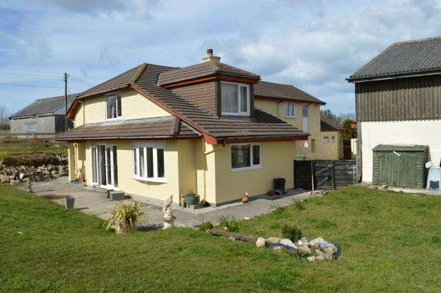 4 Bedrooms Detached House for sale in Gwithian Road, Connor Downs, Hayle, Cornwall