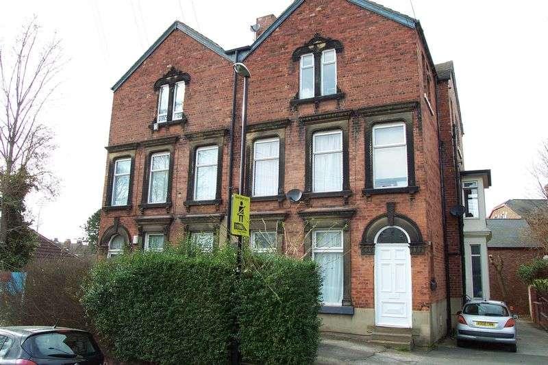 2 Bedrooms Flat for sale in Spring Road, Leeds